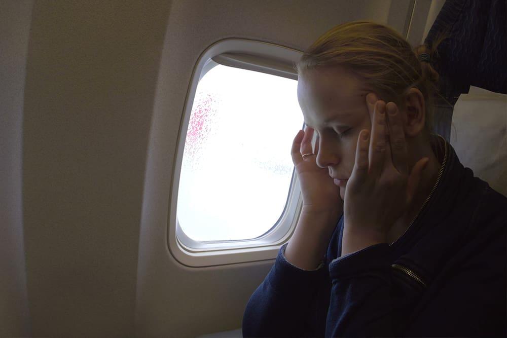 Ways to avoid the unpleasant symptoms of jet lag